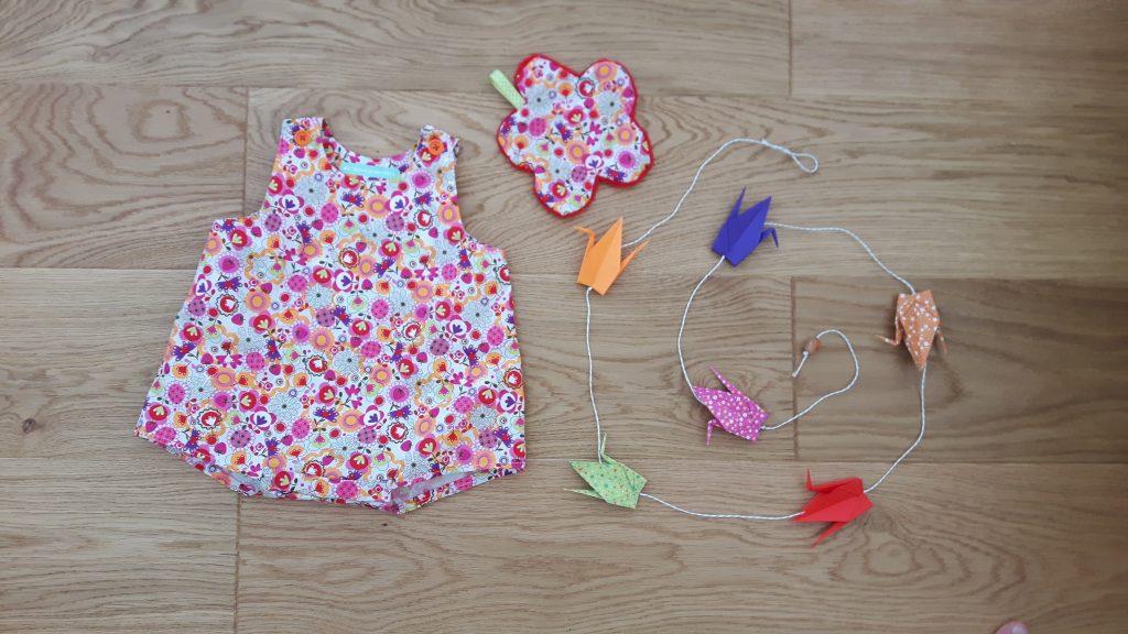 barboteuse guirlande origami et doudou plat